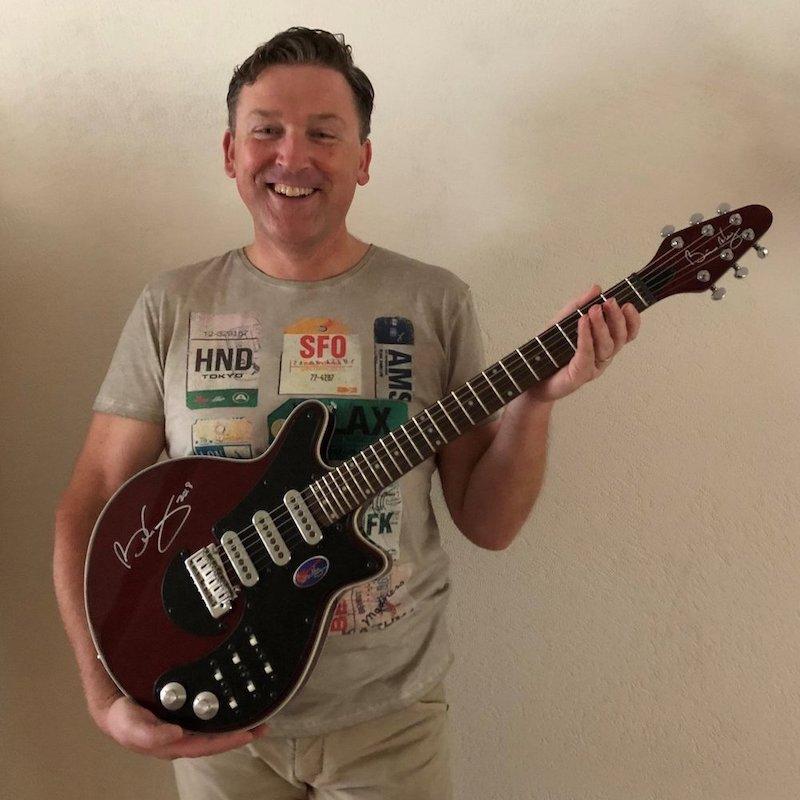 dd616c61f50f1 Brian May Guitars - Customer Reviews